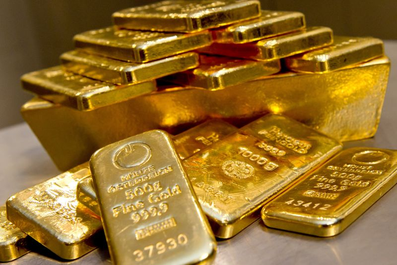 Harga emas batangan 24 karat di Pegadaian pada hari ini, Rabu 31 Maret 2021, kembali melemah dibandingkan dengan posisi harga kemarin
