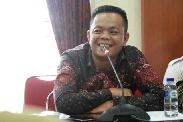 Sempat ramai di beritakan, Sapuan Ansori pantas di beri julukan 'Dewan Ganas', pasalnya Ia pernah pukul meja dalam suatu rapat saat memperjuangkan anggaran pembangunan daerah. Hal tersebut di lakukan demi sampainya aspirasi masyarakat.