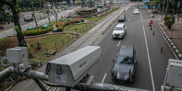 Telah di berlakukannya tilang elektronik di Indonesia, hal ini membuat pemilik kendaraan yang telah dijual kebingungan apabila menerimanya.