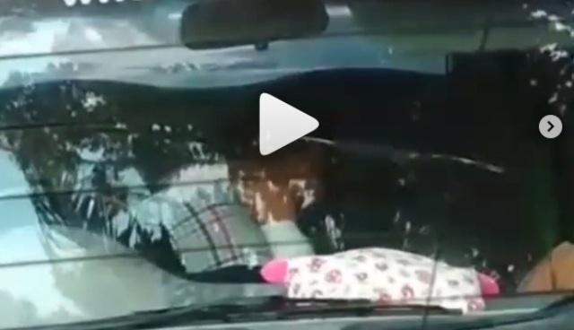 Baru-baru ini, seorang anggota DPRD dipolisikan karena dugaan kasus asusila berzina dengan suami orang di mobil dekat pantai. Ternyata, pelapor adalah istri dari pria di video itu sendiri.