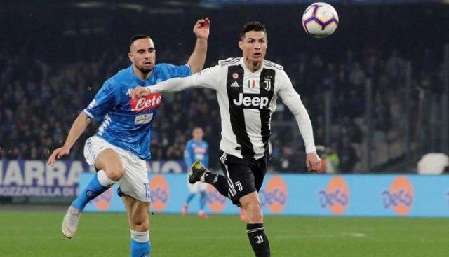 Bakal berlangsung sengit, laga antara Juventus Vs Napoli. Berbagai prediksi terjadi jelang pertandingan kedua tim ini. Lalu siapa yang bakal menang, di lihat dari 5 laga terakhir kedua club di Serie A Liga Italia ini?