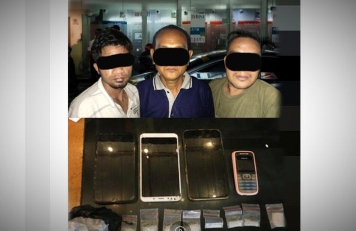 Incar supir truk di jalan lintas Sumatera, untuk menjual barang harap narkoba, 3 Pelaku di duga pengedar sabu di Bungo dibekuk polisi.