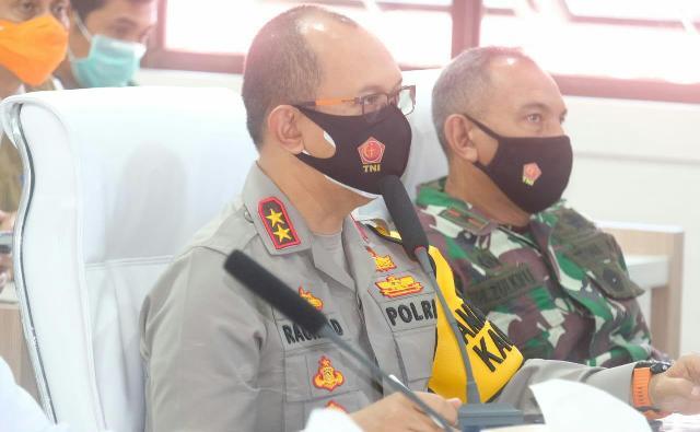 Provinsi Jambi resmi aktifkan kembali Pemberlakuan Pembatasan Kegiatan Masyarakat Skala Mikro (PPKM Mikro), dan mengoptimalkan kembali Posko Penanganan Covid-19 untuk Pengendalian Penyebaran Virus Corona.