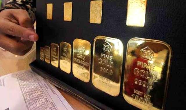 Harga emas yang tersedia di Pegadaian hari ini, terpantau mulai melemah atau mengalami penurunan secara tak signifikan, Selasa (27/04/2021).