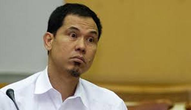 Baru saja di kabarkan bahwa Mantan Sekretaris Umum (Sekum) FPI, Munarman di tangkap Densus 88 Anti Teror Polri, Selasa (27/4/2021) sekitar pukul 15.30 Wib.