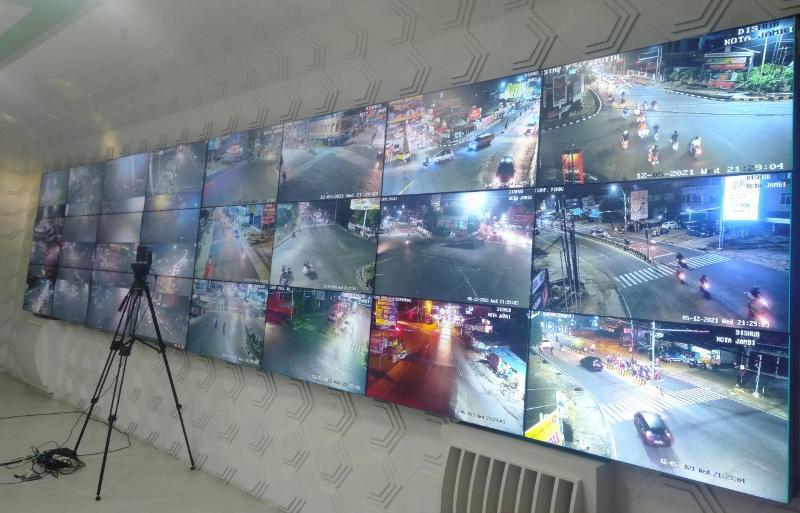 Melalui pantauan Udara, Area Traffic Control Sistem (ATCS) Dishub Kota Jambi. Hingga pukul 21.00 WIB, tampak kepadatan lalin di Kota Jambi terbilang normal.