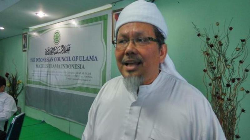 Ust Tengku Zulkarnain, meninggal dunia, artis ini doakan ketemu 72 bidadari. Hal ini hangat di postingan Denny Siregar yang membuat ucapan duka
