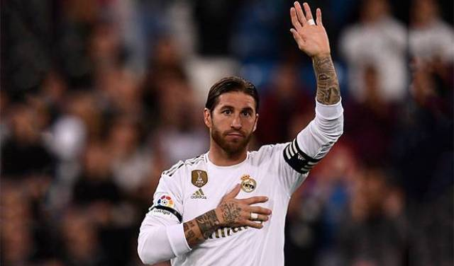 Setelah 16 tahun lamanya bersama dan mengukir berbagai sejarah, hingga penghargaan bersama tim berjulukan Los Blancos itu, Sergio Ramos akhirnya memilih hengkang dari Real Madrid.