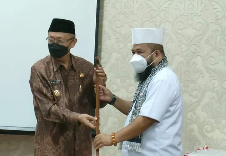 Jum'at pagi pukul 09:00 Wib (25/06/2021) Bupati Sarolangun H Cek Endra, di dampingi Wakil Bupati H.Hilal Latil Badri Walikota Bengkulu.