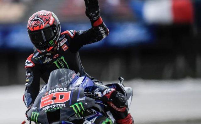 Hasil Kualifikasi MotoGP Catalunya 2021, Quartararo Start Terdepan. Sedangkan pembalap lainnya seperti Marques, dan Valentino Rossi tak masuk dalam posisi 10 besar.
