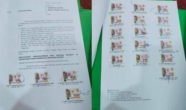 Kasus pengadaan masker di lingkup Pemerintah Provinsi Banten, terendus dan disinyalir terjadi penyelewengan. Bahkan, satu orang di Dinkes ditahan. Namun, setelah itu, tiba-tiba 20 Pejabat Dinkes Banten lainnya, mengundurkan diri. Ada apa?