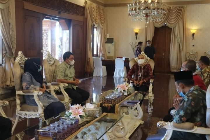 Jelang pelaksanaan Musabaqoh Tilawatil Quran atau MTQ tingkat Provinsi Jambi ke 50 Tahun 2021, Wabup Tanjabbar Hairan lakukan koordinasi dengan Pj Gubernur Jambi, Sabtu (03/07/2021).