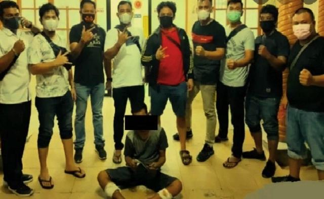 Oknum ASN di Sumut tak dapat berkutik usai did or polisi, saat melakukan aksi pencurian motor di Perumahan Griya DL Sitorus. Aksinya bersama satu orang rekannya, ketahuan oleh warga setempat.