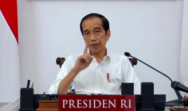 Presiden Jokowi akan memberikan kelonggaran pemberlakuan PPKM darurat, hingga mengizinkan untuk pelaku usaha kecil, menengah untuk buka lagi.