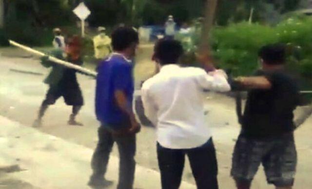 Baru-baru ini, beredar sebuah video pasien Covid-19 dikeroyok dan dipukul, hingga jadi sorotan Publik. Wakil ketua Komisi II DPR RI salahkan bupati.