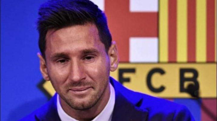 Isak tangis Lionel Messi, mantan megabintang Barcelona ucapkan selamat tinggal Barcelona hingga air mata berlinang. Ia tak bisa menahan tangis, saat menyampaikan pidato perpisahan yang di siarkan akun Youtube Barca, Minggu (8/8/2021) sore.