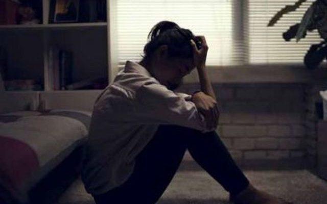 Tak bisa di pungkiri lagi memang jika selama masa PPKM seperti sekarang ini, justru banyak orang-orang yang pada akhirnya mengalami depresi, karena kehilangan pekerjaan dan lain sebagainya.