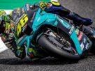 Nasib Valentino Rossi di MotoGP 2022,belum dapat di pastikan. Namun, beredar, bahwa rider asal Italia diprediksikan masih ikut balapan. Sang adik pun berikan pujian.