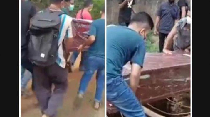 Media sosial tengah heboh di Jambi oleh video viral jenazah pasien Covid-19 terlantar. Warganet mengecam dan mendukung viralkan hingga sampai ke Jokowi
