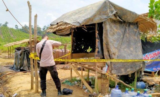 Lagi-lagi kegiatan sumur minyak liar atau illegal kembali menelan korban, kali ini di Musi Banyuasin meledak. Satu orang penambang tewas, 4 orang lainnya luka-luka. Sedangkan si pemilik, kabur hingga jadi buronan.