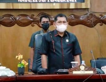 Guna mempercepat target vaksinasi di Kabupaten Tanjung Jabung Barat (Tanjabbar). Dewan Perwakilan Rakyat Daerah (DPRD) Tanjabbar, mulai besok Kamis ( 23/9/21) akan gelar 1000 vaksin massal.