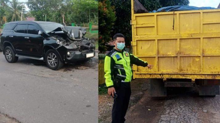 Lakalantas di wilayah hukum Polres Batanghari kembali Terjadi, kali ini melibatkan mobil Bupati Merangin Mashuri beserta rombongan tabrak mobil truk batu bara, Kamis (9/9/2021) dini hari pukul 03.30 wib.