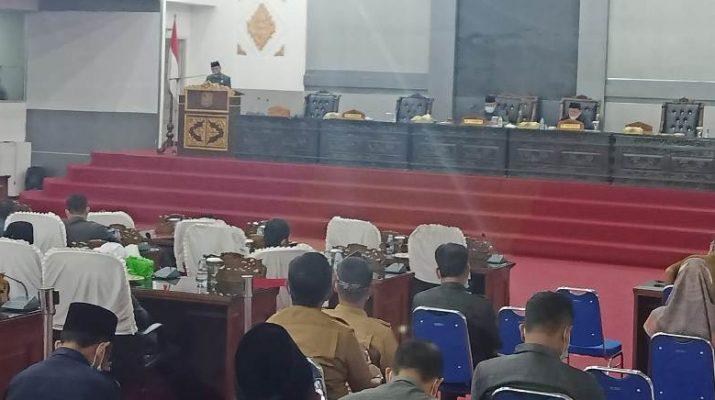 Pro kontra penyertaan modal Bank Jambi terus bergulir. Tak hanya di DPRD Provinsi jadi sorotan, di DPRD Merangin minta pemerintah kaji ulang penyertaan modal.
