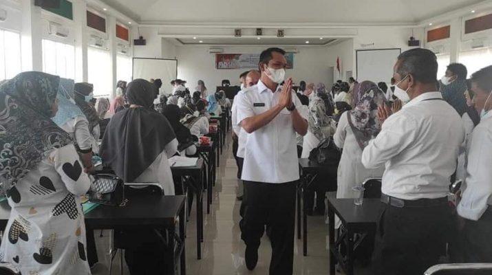 Institusi pendidikan tingkat dasar dan menengah, di kota Sungai Penuh di minta terus melakukan update dan harus memiliki metode pembelajaran mulok budaya.